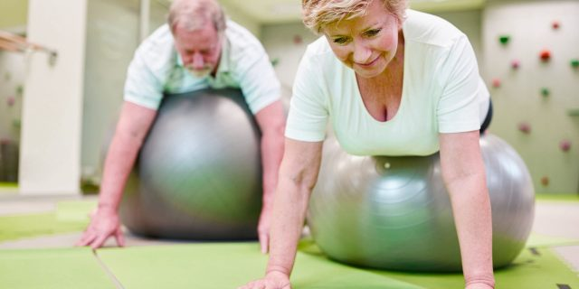 La edad no es excusa para rendirse al dolor de espalda