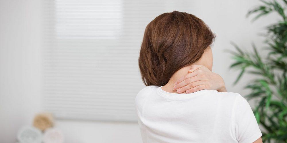 Dolor de cuello tras un accidente de tráfico