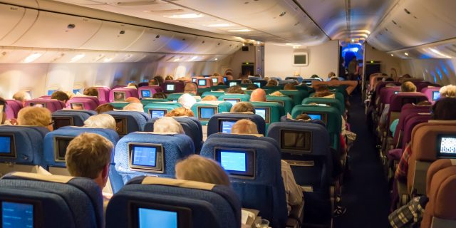 Cómo prevenir el dolor de espalda en los aviones