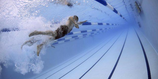 La natación en los dolores de espalda